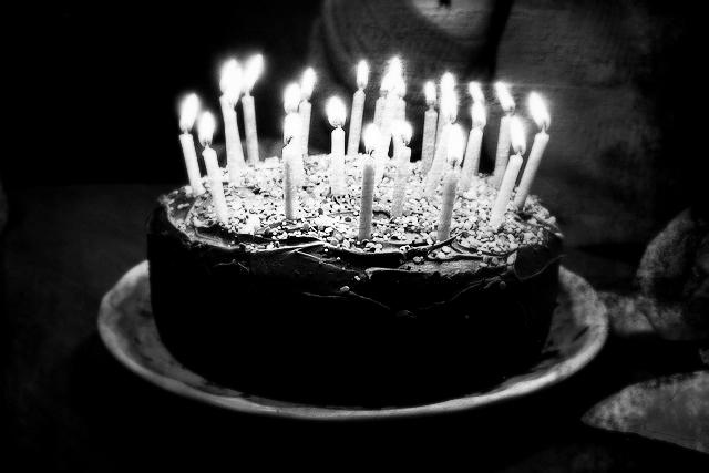 birthday-cake-candles-chocolate-sprinkles-Favim_Fotor